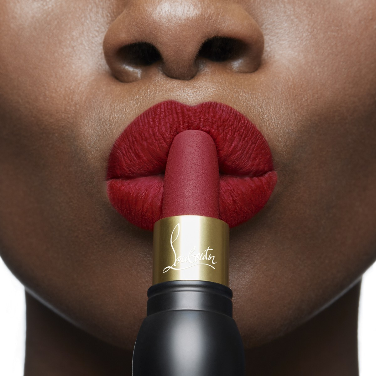 Woman Beauty - Rouge Louboutin Velvet Matte - Christian Louboutin