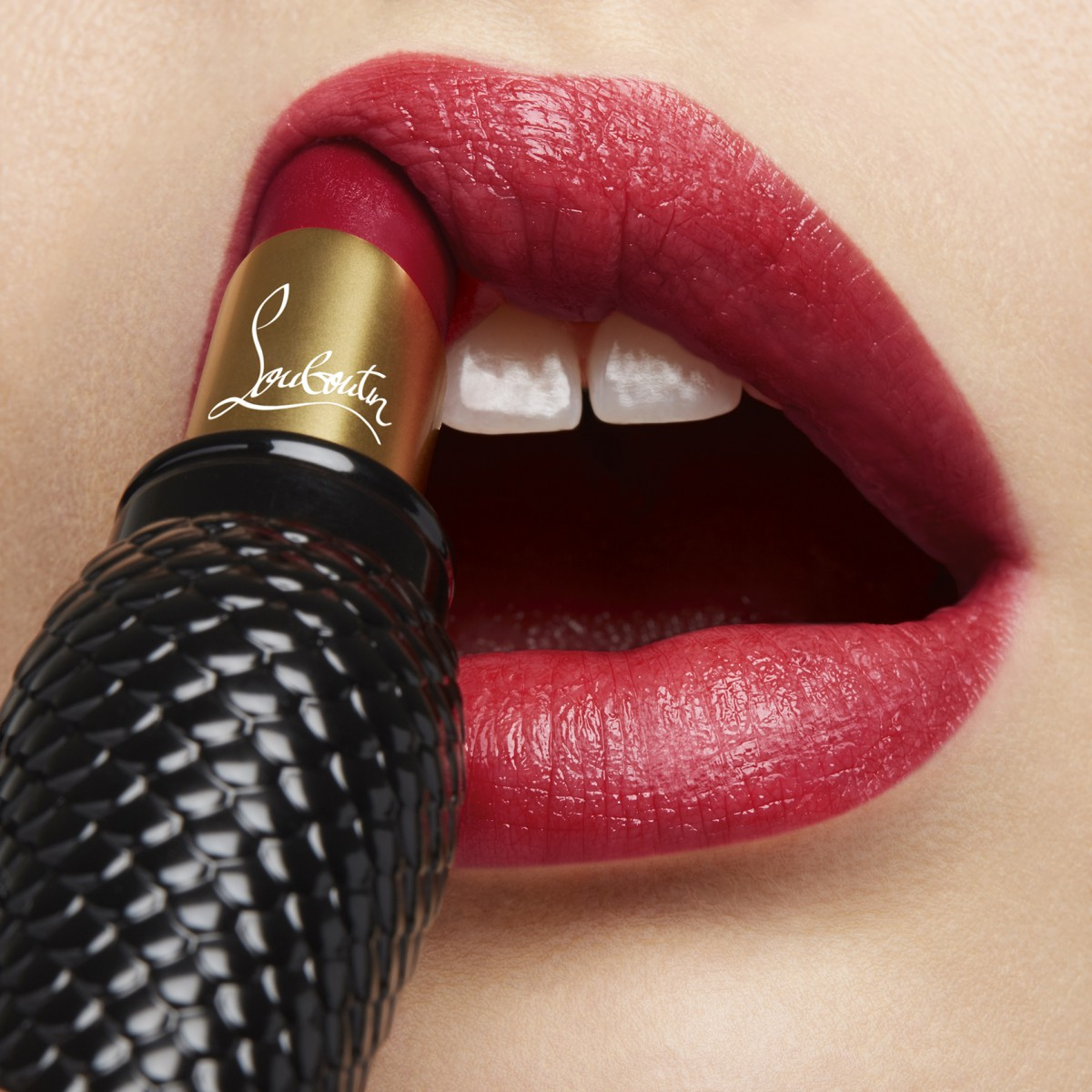 Woman Beauty - Rouge Louboutin Sheer Voile - Christian Louboutin